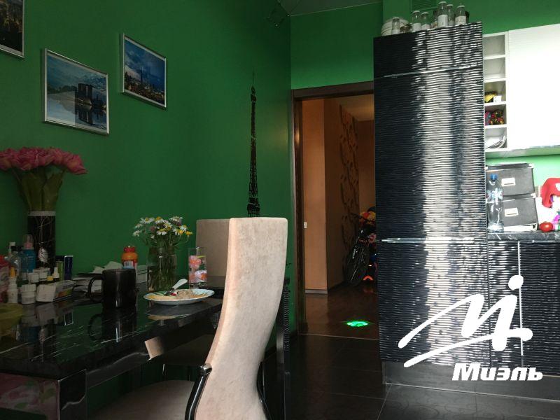 Продается двухкомнатная квартира за 6 450 000 рублей. Пушкино, Набережная улица, 35к5.