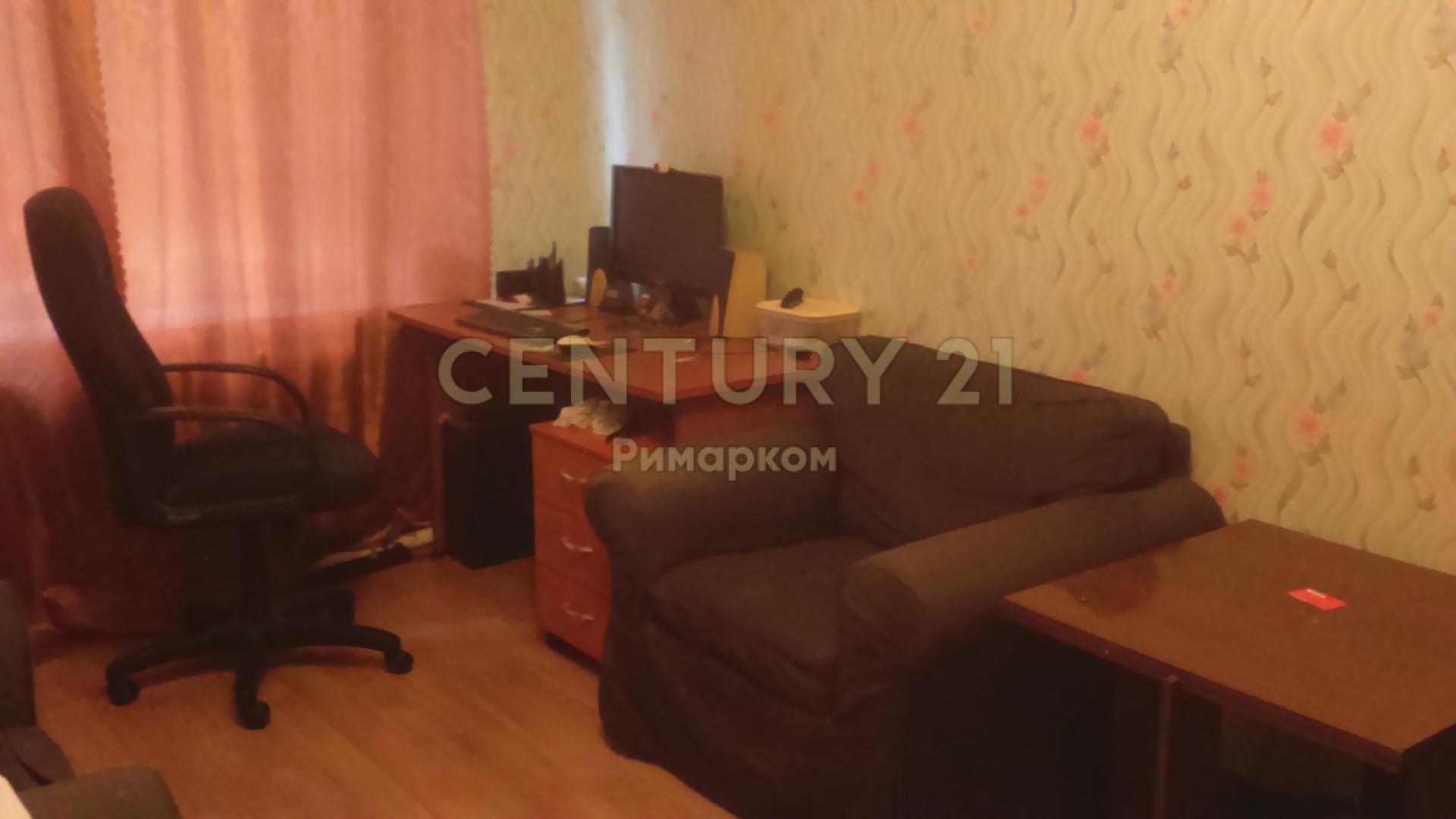 Продается однокомнатная квартира за 2 250 000 рублей. Московская обл, г Чехов, ул Полиграфистов, д 1/2.