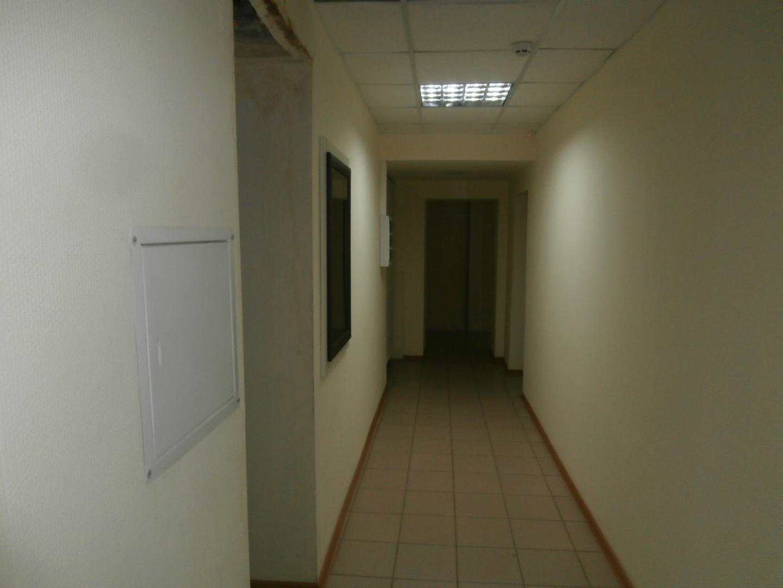 Продам , Омск, улица 10 лет Октября, 136