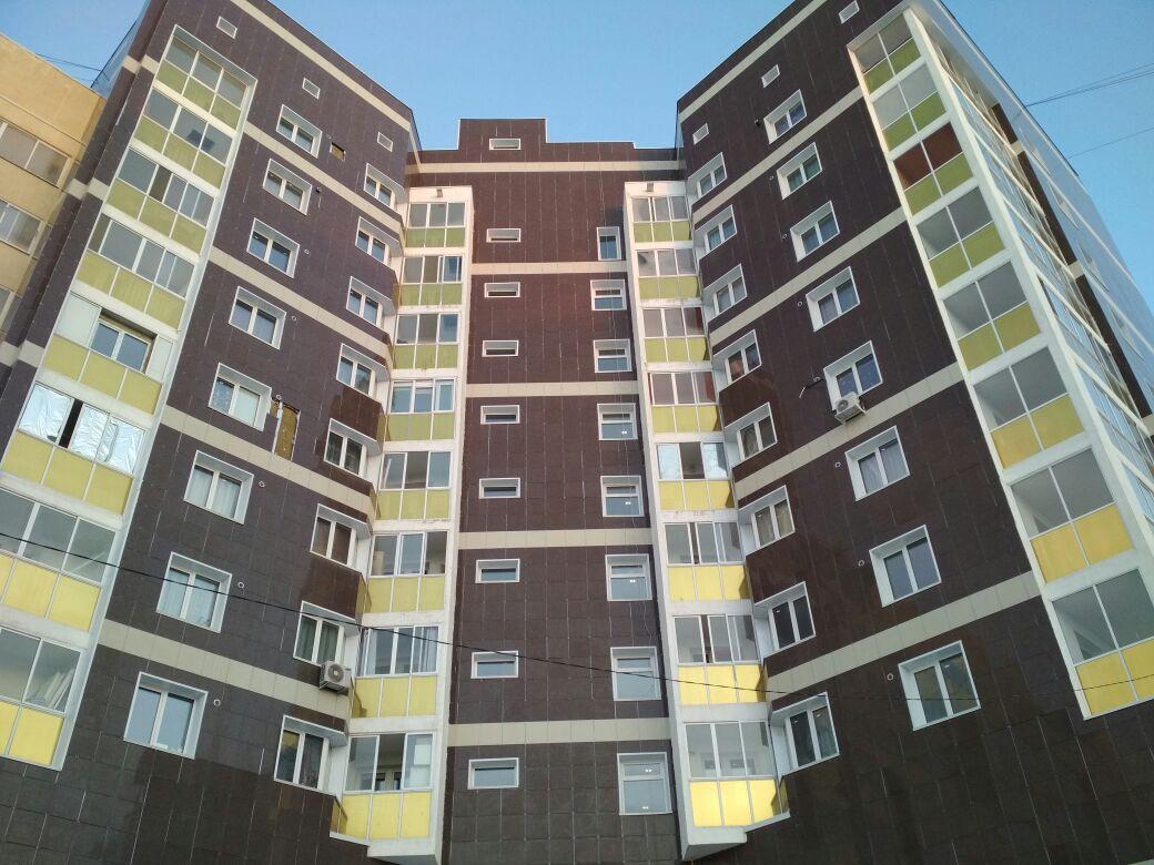 Продается двухкомнатная квартира за 6 800 000 рублей. г Якутск, ул Лермонтова, д 98.