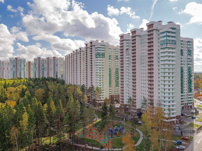 Продается трехкомнатная квартира за 5 856 840 рублей. Красногорск, бульвар Космонавтов, 16.