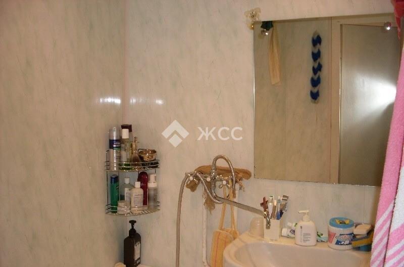 Продается двухкомнатная квартира за 1 300 000 рублей. Московская обл, г Можайск, деревня Кожино, д 1.