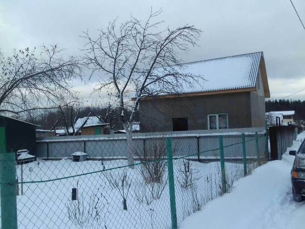 дом можно использовать для круглогодичного проживания, есть садовые посадки ябл ...