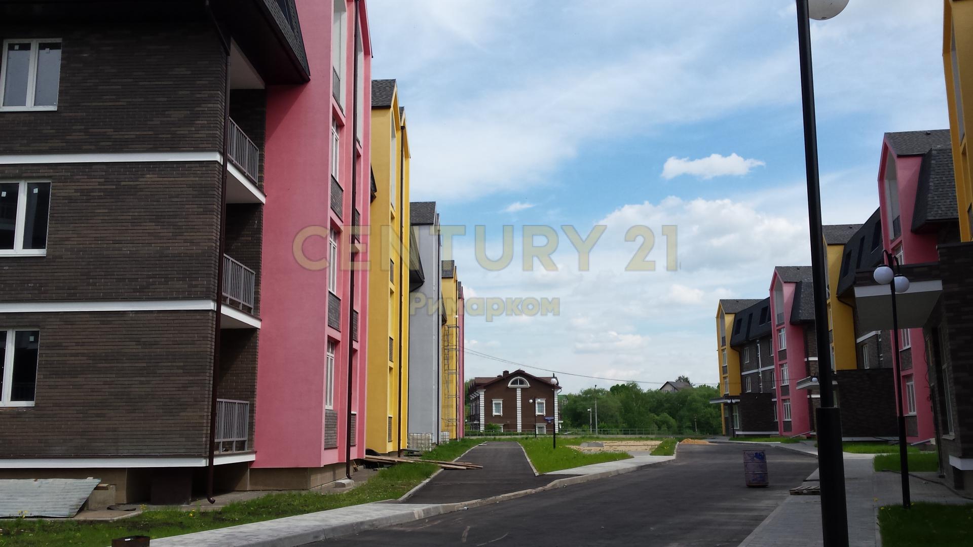 Продается трехкомнатная квартира за 9 500 000 рублей. Троицк, Прибрежная улица, 1.