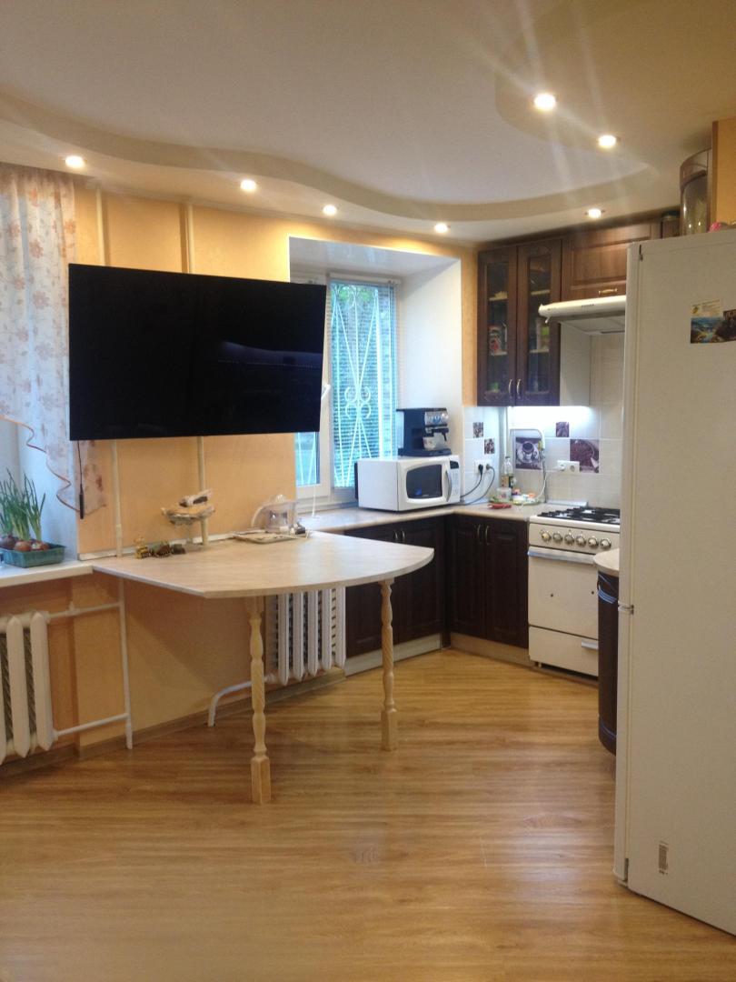 Продается трехкомнатная квартира за 5 000 000 рублей. Дубна, улица Володарского, 3А.