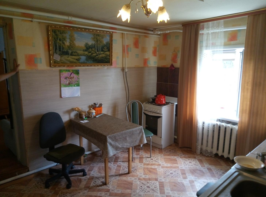 продам 1 2 часть дома в конце ул. костромской, ...