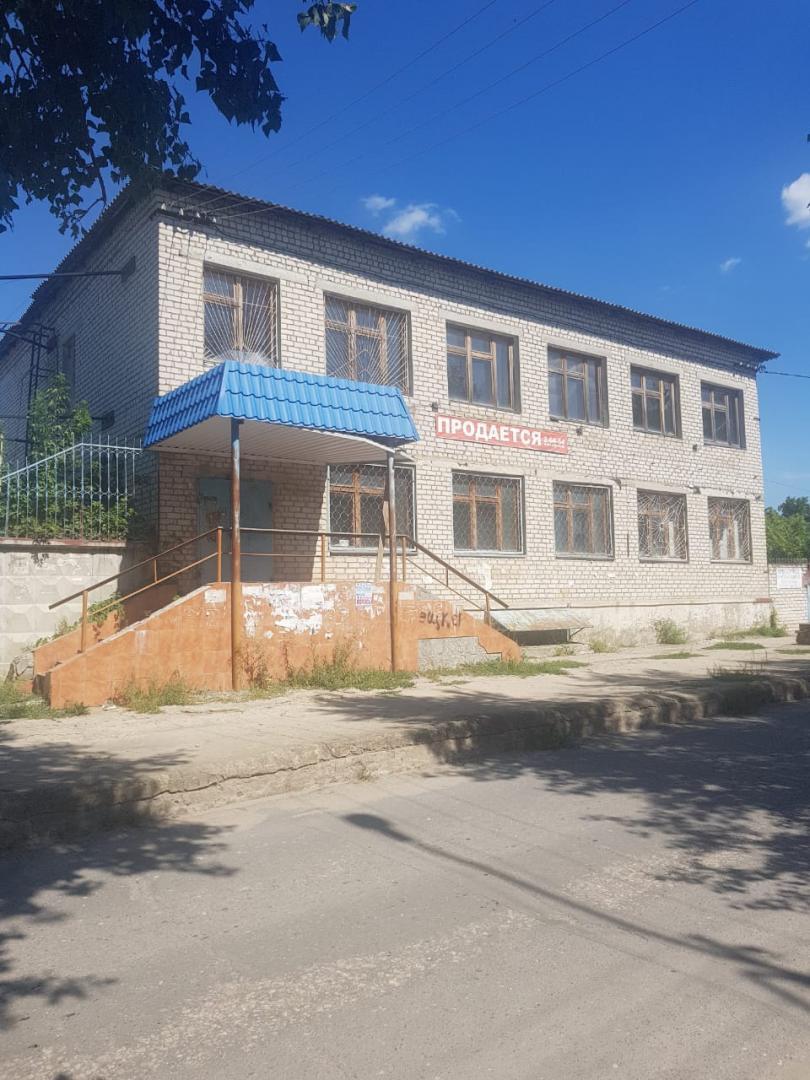 продажа 3-комн.               коммерческая, 631 сот,  Михайловка,               , улица Ленина, 74