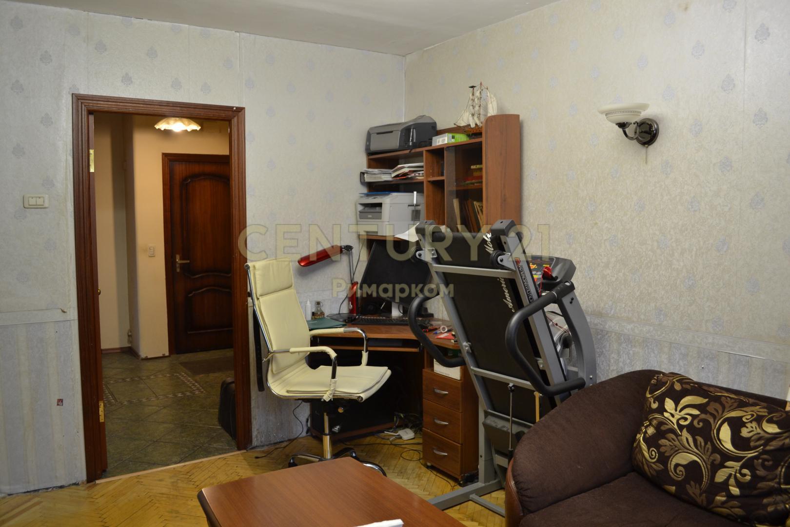 Продается трехкомнатная квартира за 6 500 000 рублей. Троицк, Юбилейная улица, 4.