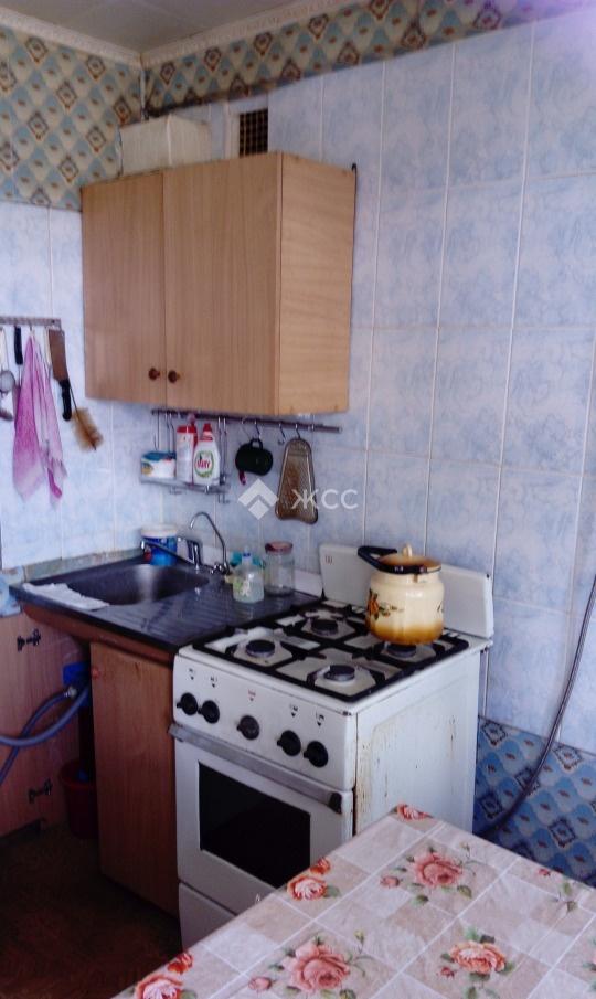 Продается двухкомнатная квартира за 1 900 000 рублей. Московская обл, г Можайск, село Сокольниково, ул Школьная, д 11.