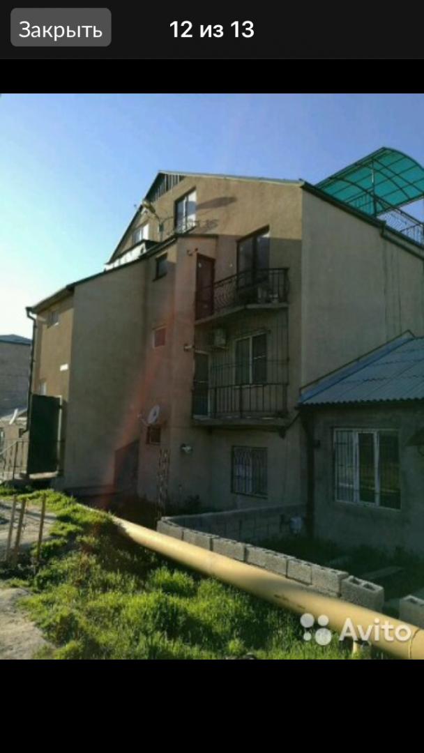 дом проспект акушинского, рядом с детской ...