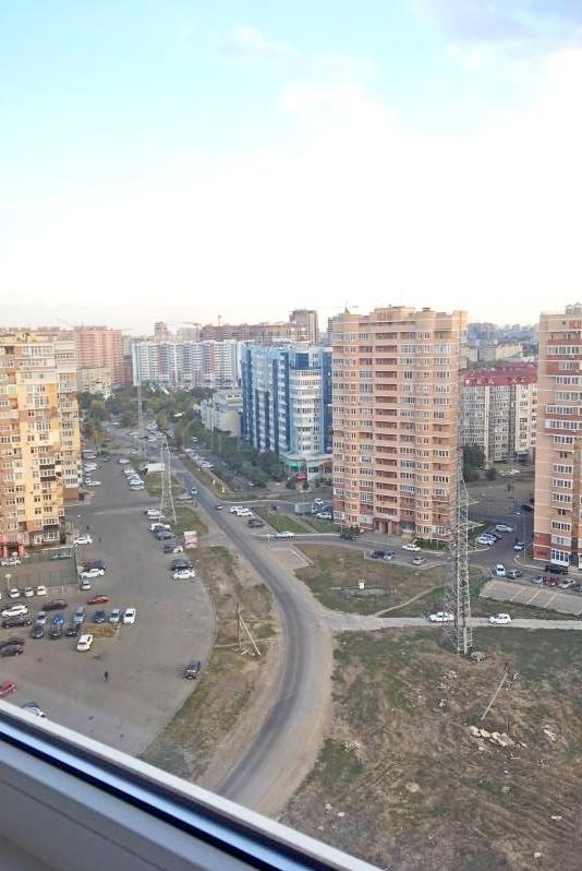 1-комн. квартира, 41 кв.м., улица Памяти Чернобыльцев, 1, краснодар