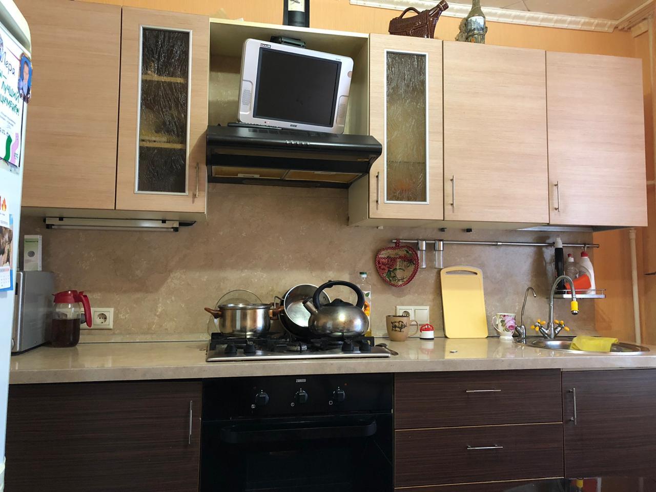 Продается трехкомнатная квартира за 4 670 000 рублей. Дубна, улица Энтузиастов, 17/12.