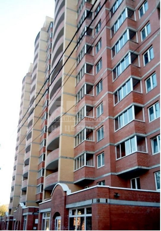 Продается однокомнатная квартира за 3 400 000 рублей. Лобня, Спортивная улица, 1.