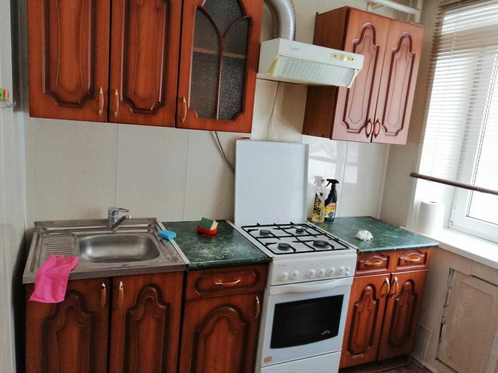Продается двухкомнатная квартира за 2 600 000 рублей. Московская обл, г Кашира, ул Центральная, д 11.