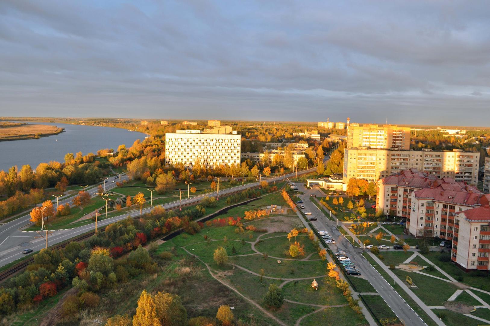 Продается трехкомнатная квартира за 11 800 000 рублей. Дубна, улица Понтекорво, 4.