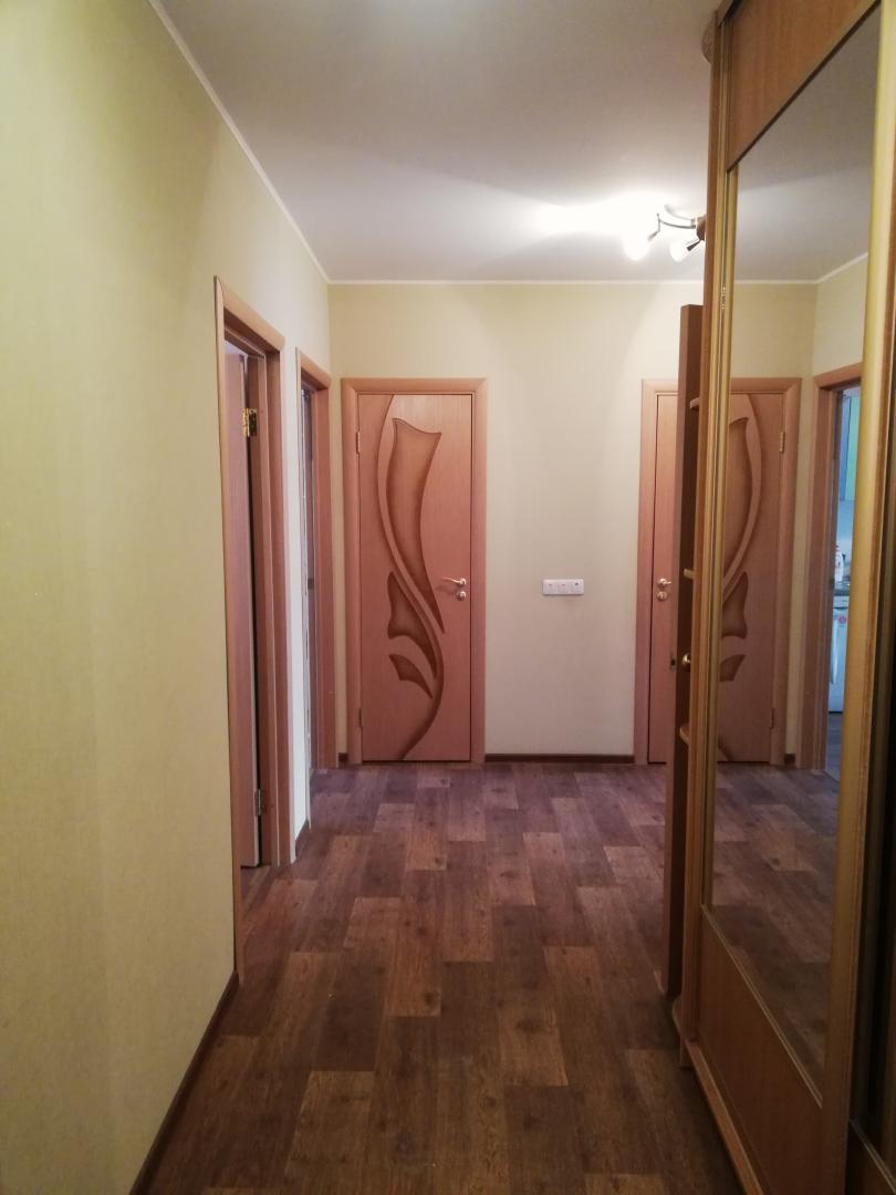 Продается трехкомнатная квартира за 7 000 000 рублей. Дубна, проспект Боголюбова, 43.