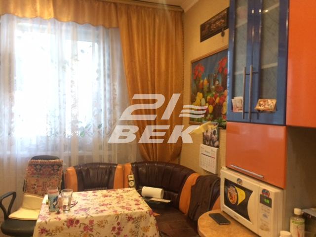 Продается однокомнатная квартира за 2 960 000 рублей. г Курск, пр-кт Победы, д 2.