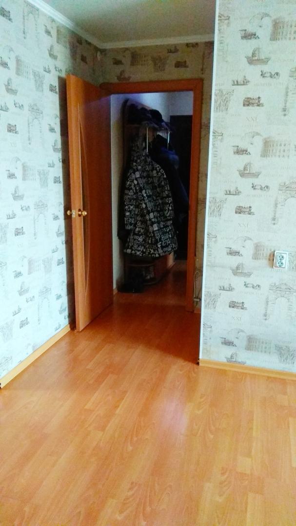 Продается трехкомнатная квартира за 3 400 000 рублей. г Улан-Удэ, ул Терешковой, д 2.