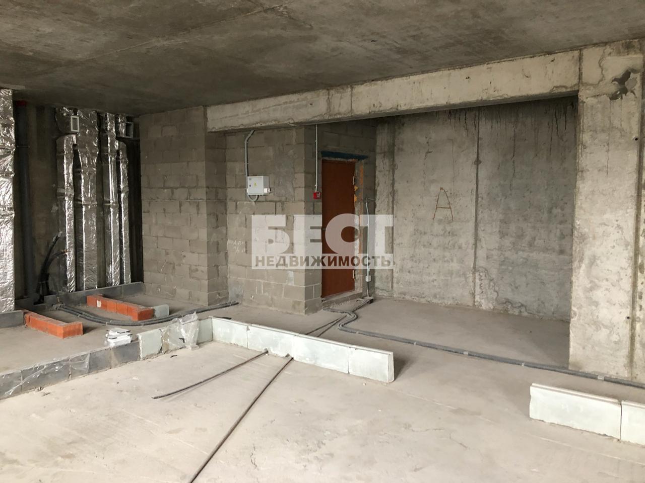 Продается четырехкомнатная квартира за 25 500 000 рублей. г Москва, б-р Яна Райниса, д 31.