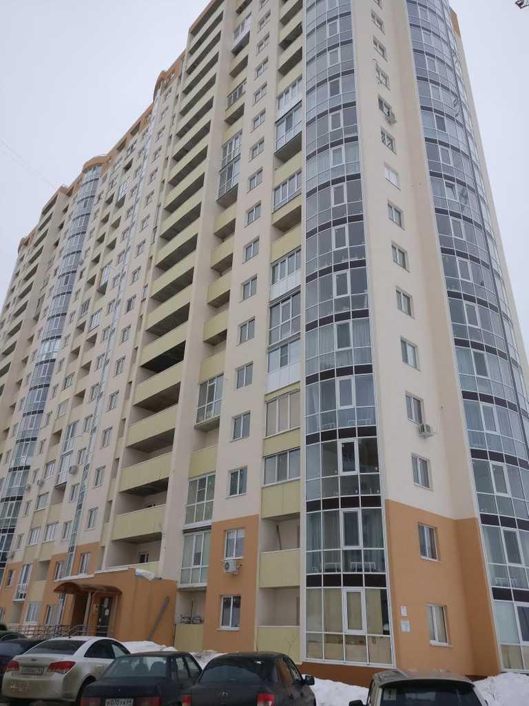 Продается двухкомнатная квартира за 1 850 000 рублей. Энгельс, Студенческая улица, 183Е.