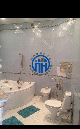 Продается четырехкомнатная квартира за 41 999 000 рублей. г Москва, Покровский б-р, д 14/5.