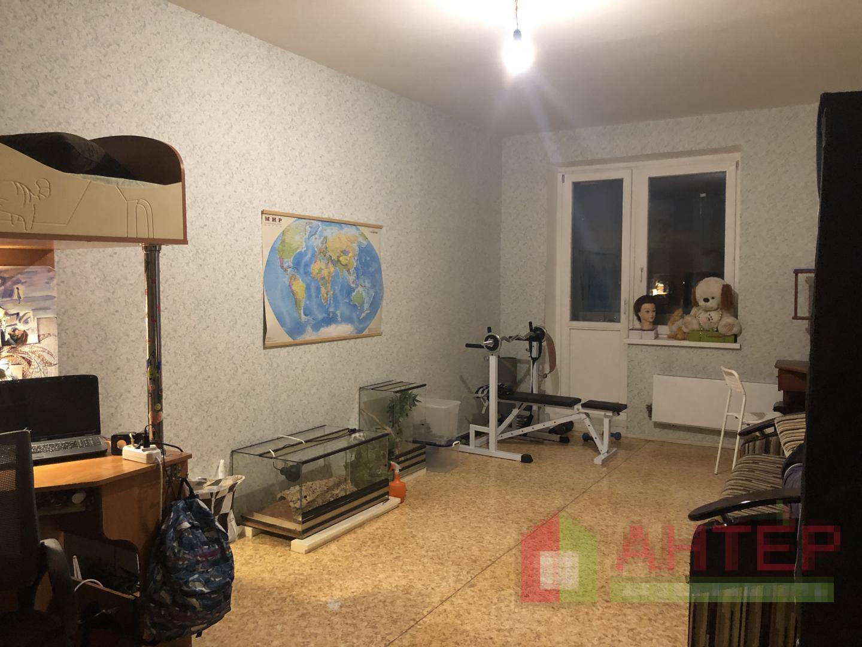 Продается трехкомнатная квартира за 6 600 000 рублей. Московская обл, г Балашиха, ул Свердлова, д 54.