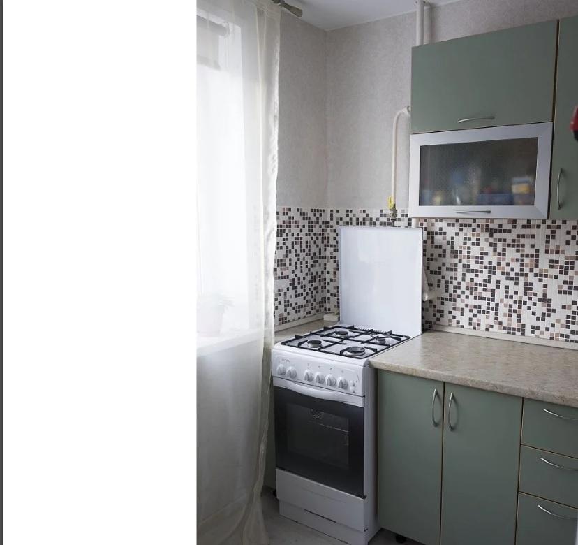 Продается однокомнатная квартира за 2 850 000 рублей. Московская обл, г Чехов, ул Мира, д 13.