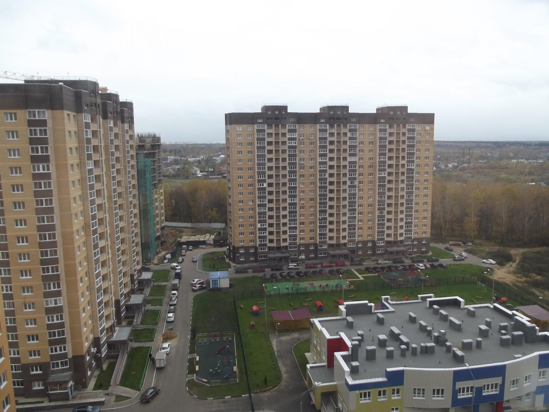 Продается трехкомнатная квартира за 4 542 300 рублей. Московская обл, г Мытищи, поселок Пирогово, ул Совхозная.