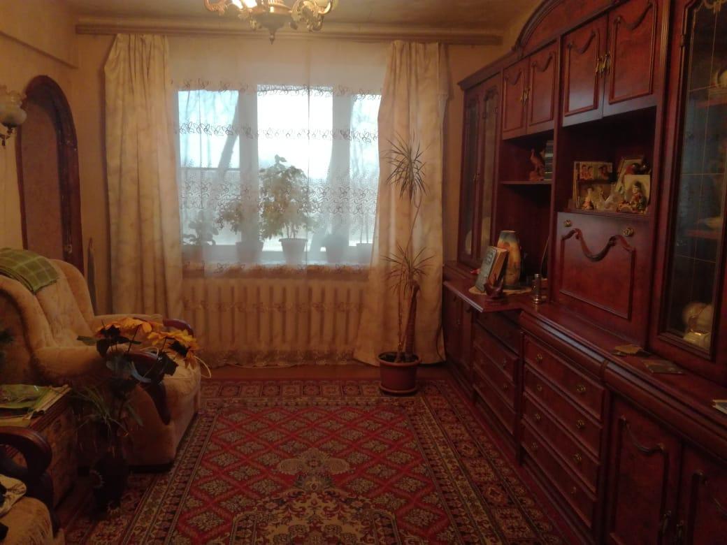 Продается четырехкомнатная квартира за 2 350 000 рублей. г Тула, проезд 2-й Гастелло, д 17 к 2.