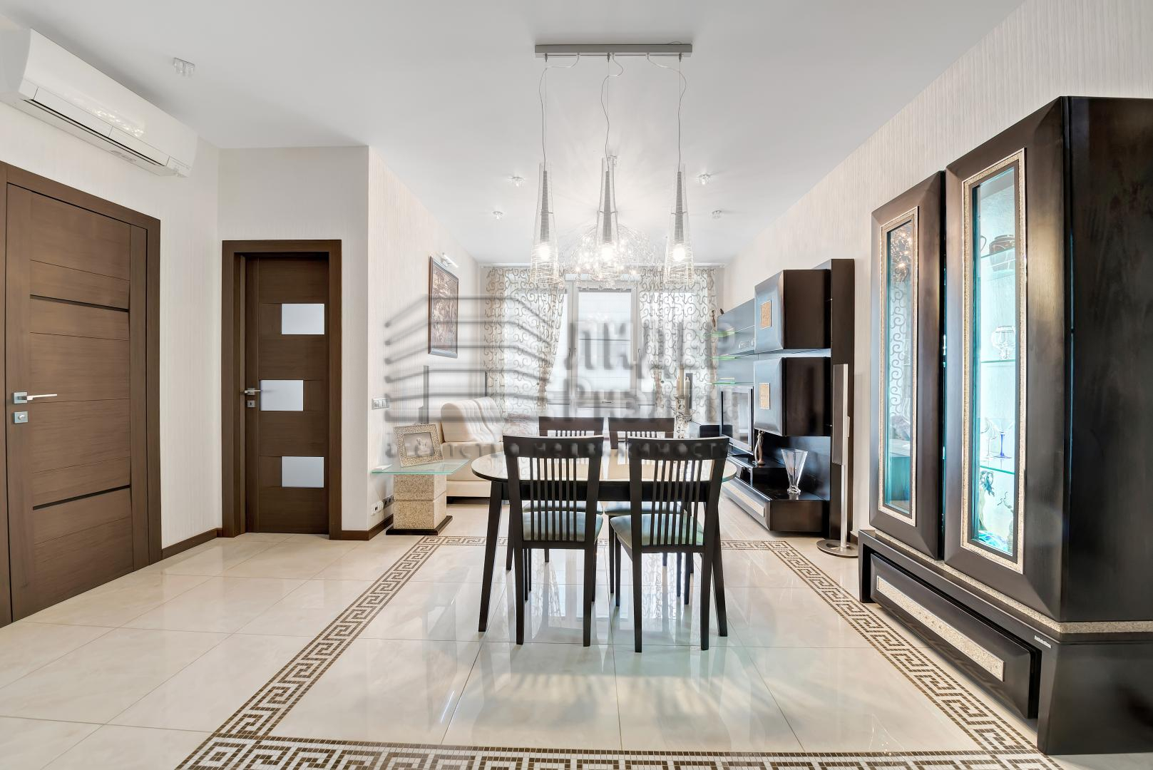 Продается четырехкомнатная квартира за 33 700 000 рублей. г Москва, Кочновский проезд, д 4 к 2.
