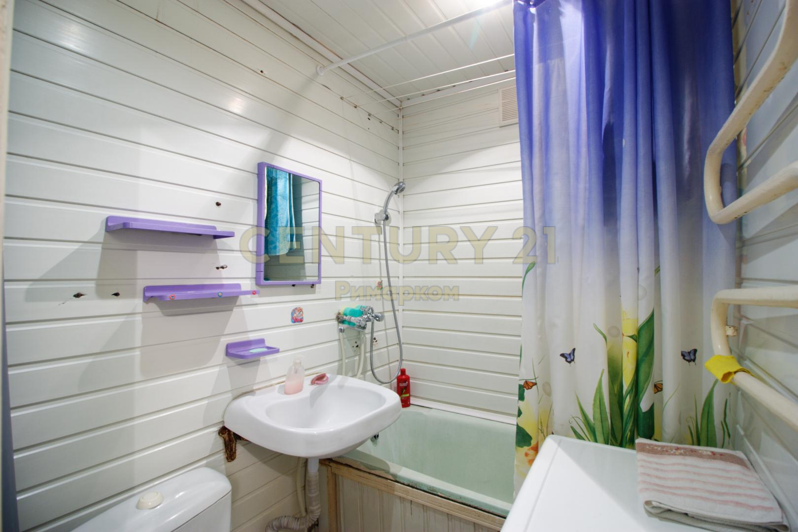 Продается двухкомнатная квартира за 2 740 000 рублей. Московская обл, г Чехов, ул Московская, д 86.