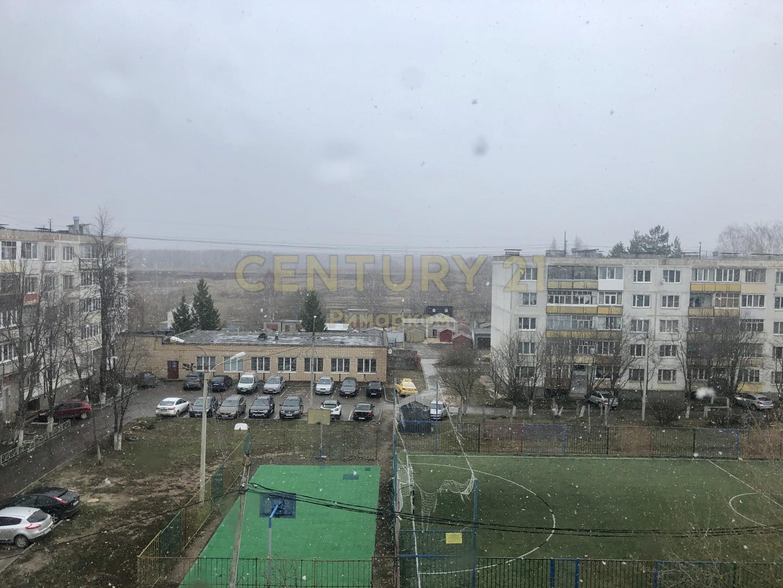 Продается двухкомнатная квартира за 2 850 000 рублей. Московская обл, г Чехов, ул Гагарина, д 90.