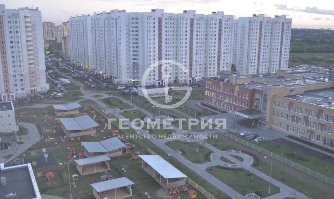 Продается двухкомнатная квартира за 6 900 000 рублей. Московская обл, г Мытищи, ул Юбилейная, д 24А.