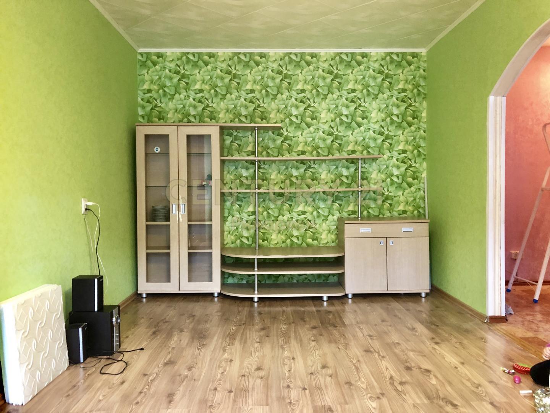 Продается двухкомнатная квартира за 3 050 000 рублей. Московская обл, г Чехов, ул Молодежная, д 3.
