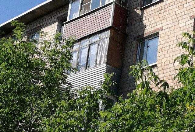 Продается однокомнатная квартира за 2 100 000 рублей. Московская обл, г Серпухов, проезд Мишина.