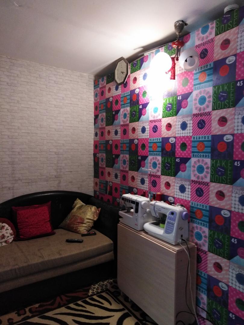 Продается двухкомнатная квартира за 1 480 000 рублей. г Саратов, ул Миллеровская, д 62А.