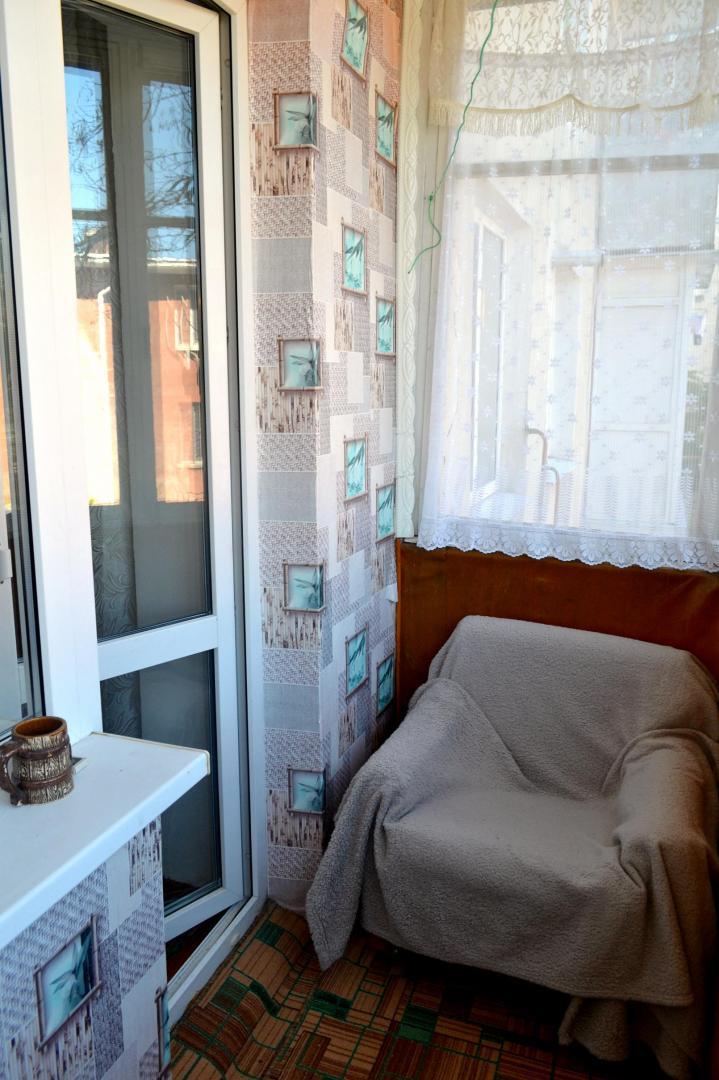 Квартира в аренду по адресу Россия, Республика Крым, городской округ Феодосия, Феодосия, улица Десантников, 10