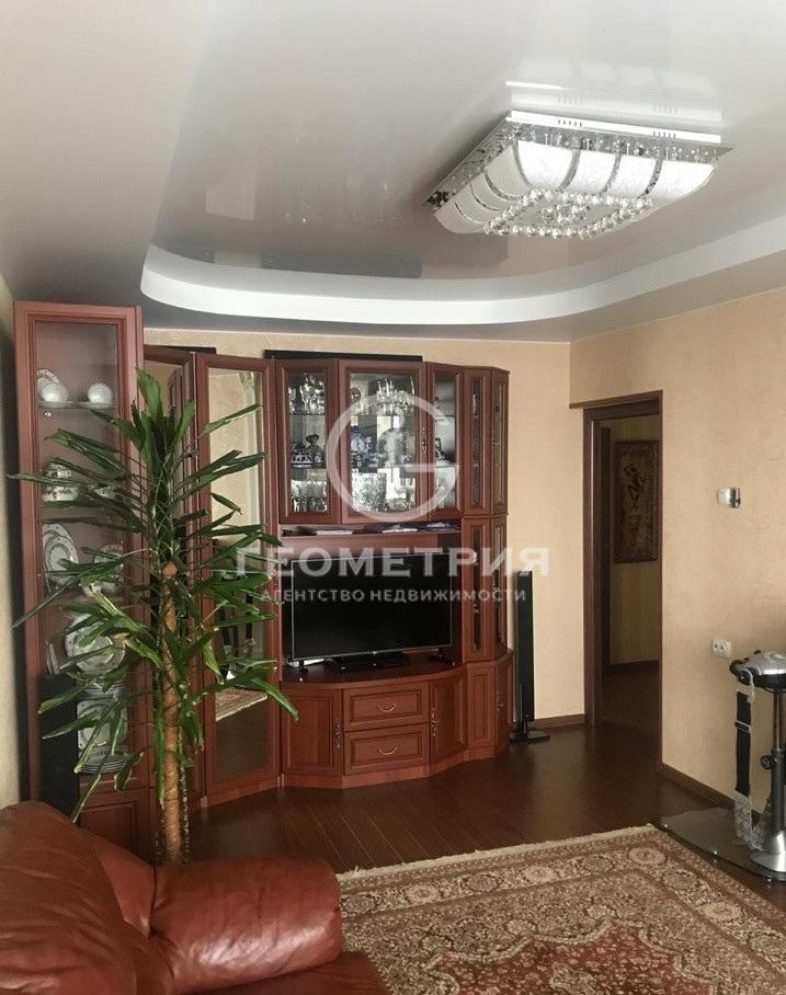 Продается трехкомнатная квартира за 14 200 000 рублей. г Москва, ул Венёвская, д 7.