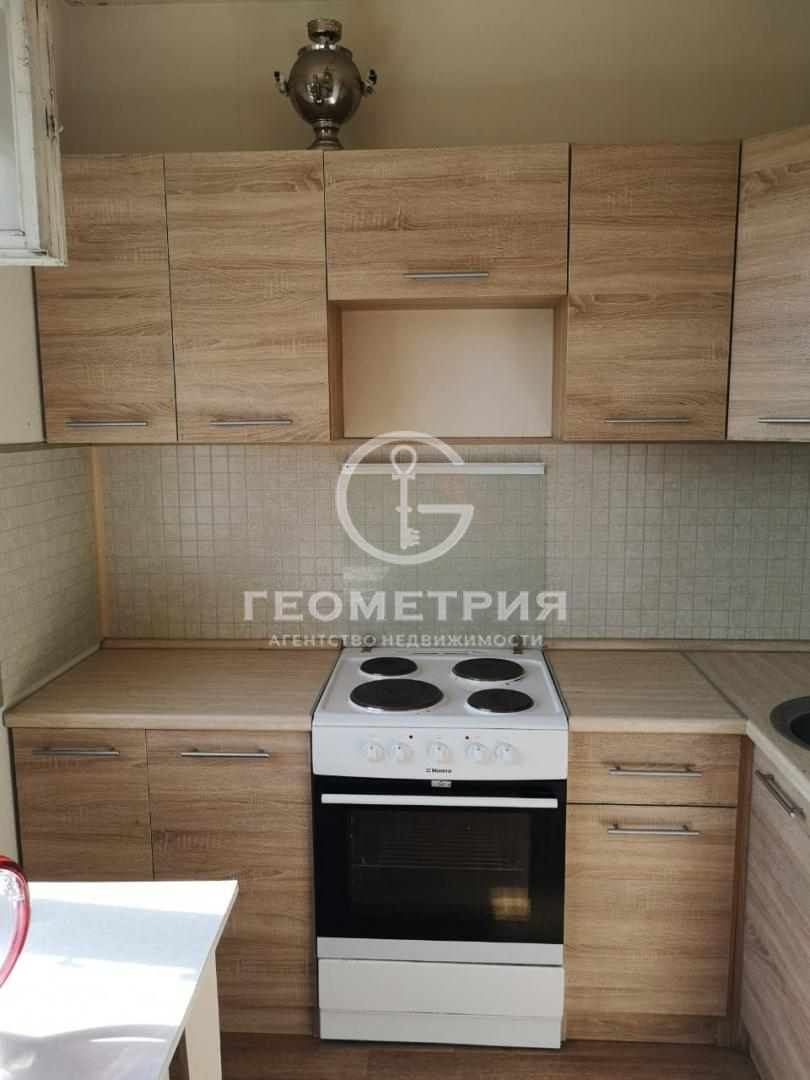 Продается однокомнатная квартира за 9 150 000 рублей. г Москва, ул Раменки, д 6 к 1.