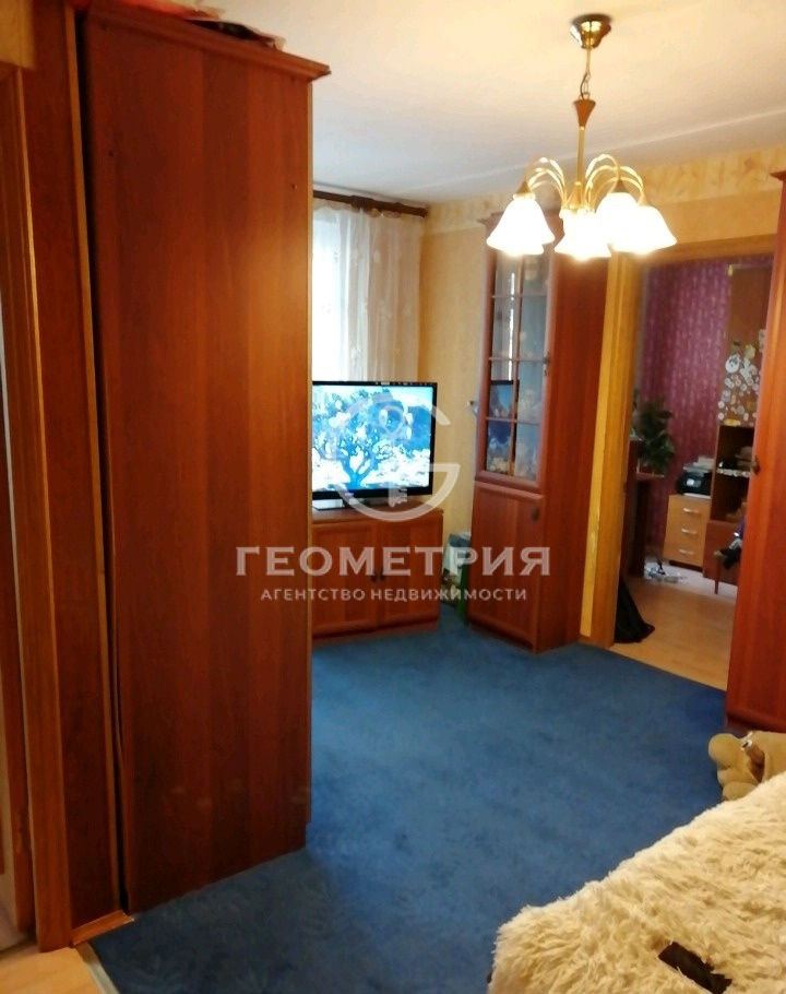 Продается двухкомнатная квартира за 9 350 000 рублей. г Москва, ул Озёрная, д 6.