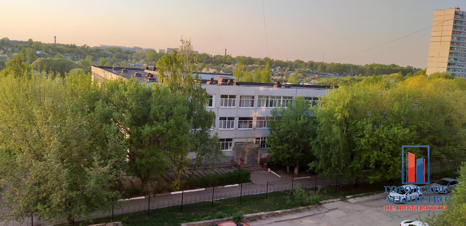 Продается трехкомнатная квартира за 4 000 000 рублей. Московская обл, г Серпухов, ул Луначарского, д 33.