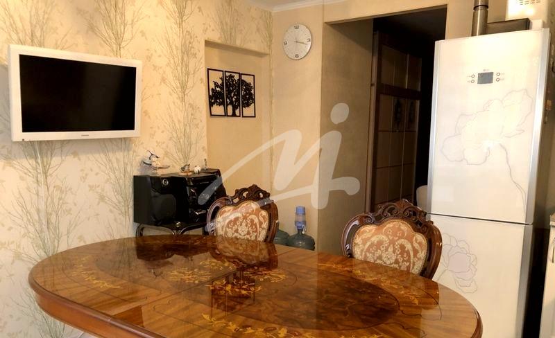 Продается двухкомнатная квартира за 9 620 000 рублей. Московская обл, г Реутов, Юбилейный пр-кт, д 60.