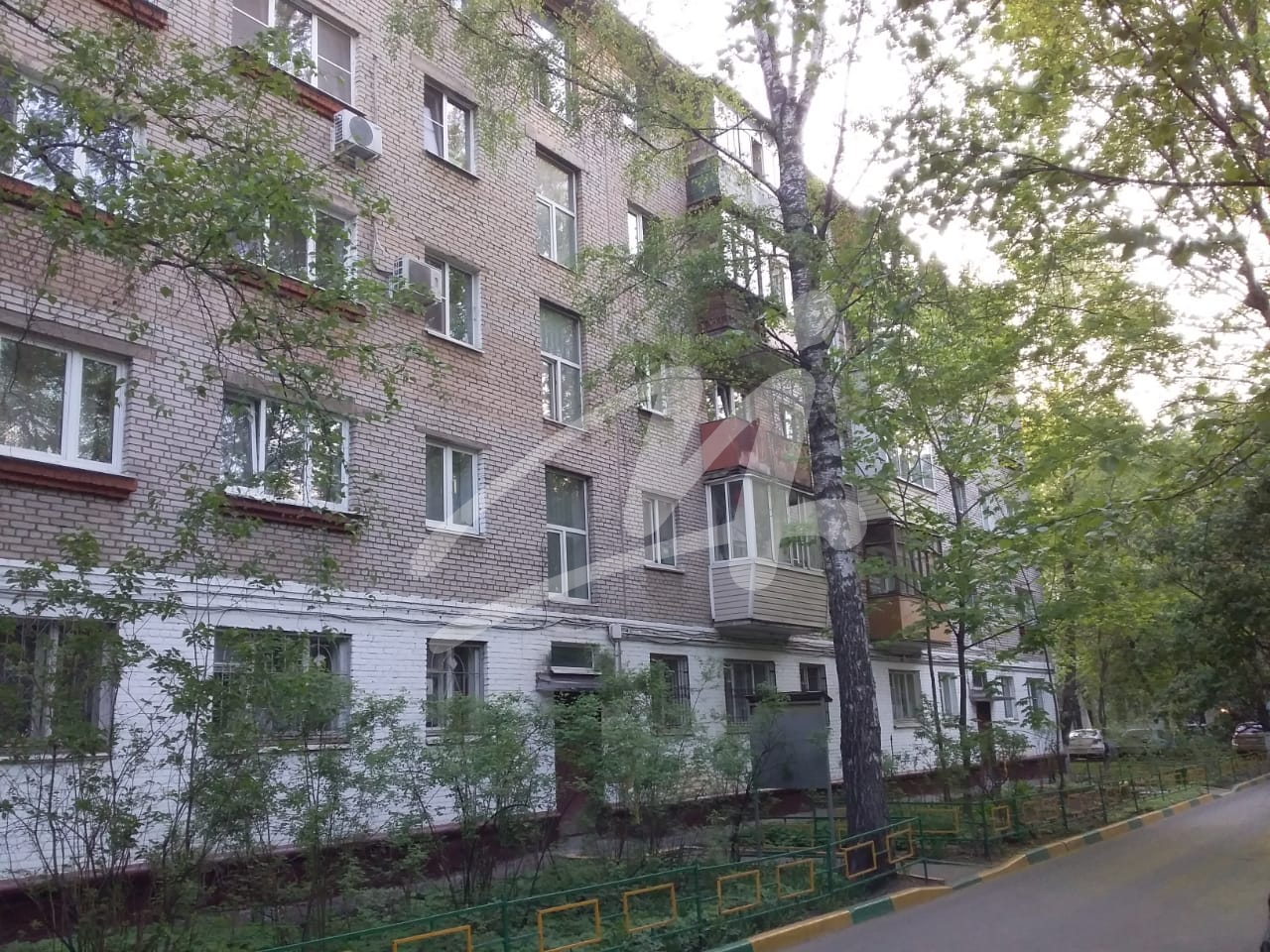 Продается двухкомнатная квартира за 4 799 000 рублей. Московская обл, г Химки, ул Пролетарская, д 6.