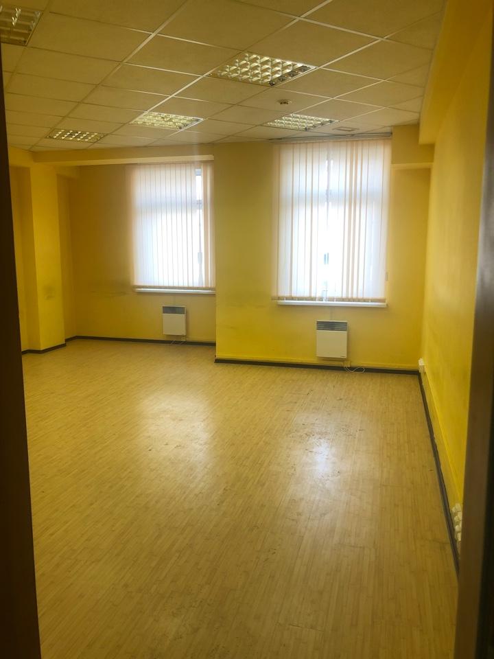 Office в аренду по адресу Россия, Иркутская область, городской округ Иркутск, Иркутск, улица Чкалова, 36