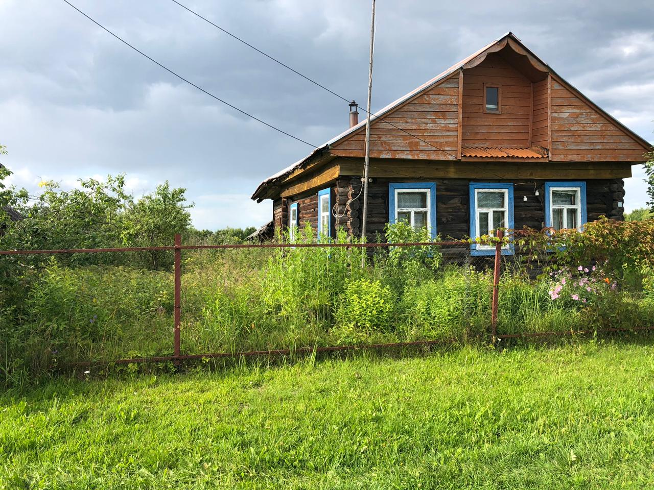 продаю участок с бревенчатым домом в 29 км от...
