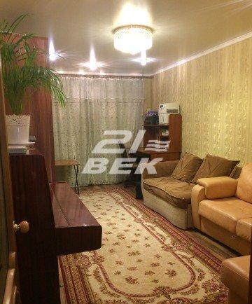 продается двухкомнатная квартира в уютно ...