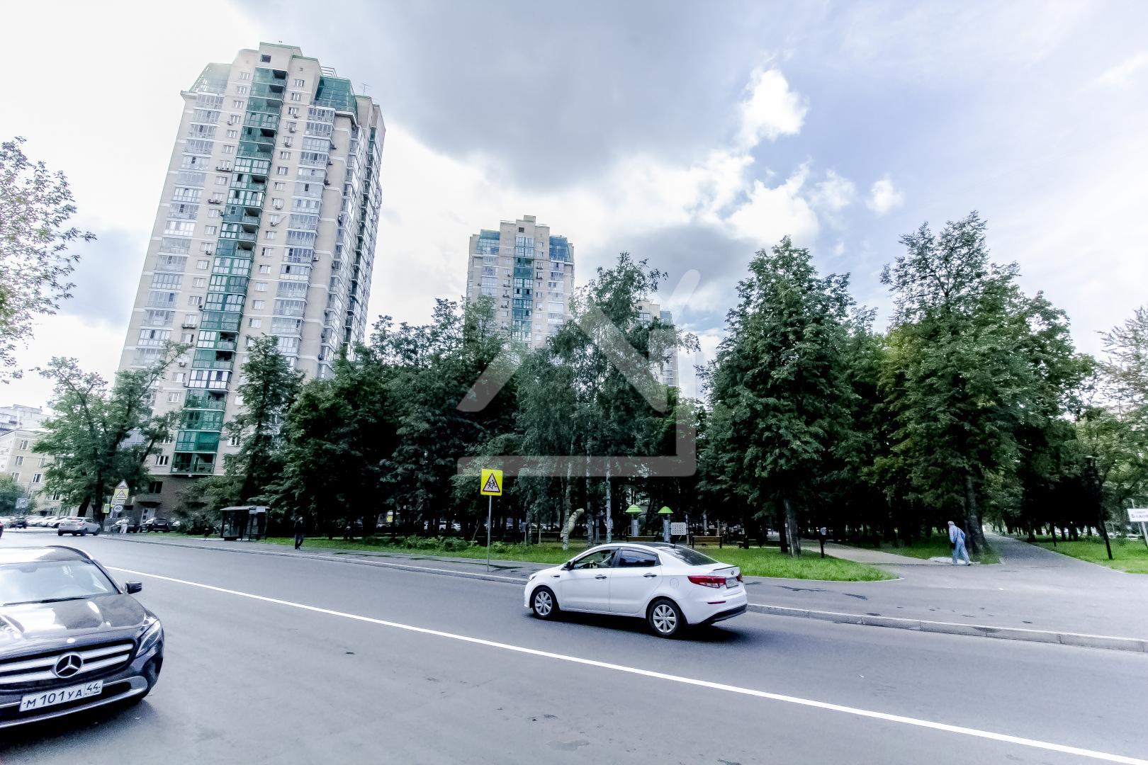 Гараж в аренду по адресу Россия, Московская область, Москва, улица Бажова, 8
