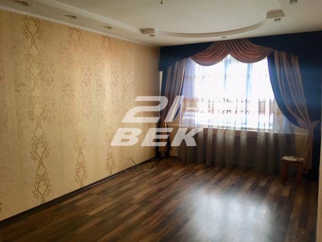продается 3-х комнатная квартира на 2 этаже 10 ...