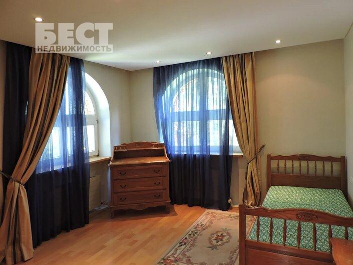 Сдам дом по адресу Россия, Москва и Московская область, Одинцовский городской округ, Жуковка фото 25 по выгодной цене