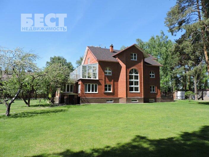 Сдам дом по адресу Россия, Москва и Московская область, Одинцовский городской округ, Жуковка фото 3 по выгодной цене